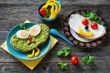 Jak zachęcić do jedzenia warzyw i owoców?